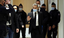 Fostul presedinte al Frantei, Nicolas Sarkozy ajunge la Tribunalul din Paris pe 7 decembrie 2020.