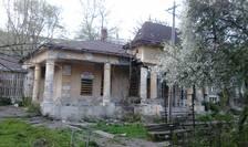 Casa Vasile Alecsandri, lăsată în paragină (Foto: RFI/Cosmin Ruscior)