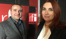 Raluca Kannan și Răzvan Popa in studioul de inregistrari RFI
