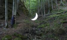 Luna personală, în Piatra Craiului (Sursa foto: privatemoon.ru)
