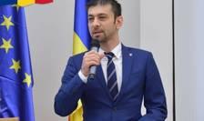 Vicepreședintele PSD Gabriel Zetea declară la RFI că încearcă să își convingă colegii de partid să accepte un candidat unic la alegerile prezidențiale din partea PSD, ALDE și Pro România.