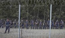 Gard, la graniţa dintre Ungaria şi Serbia (Foto: Reuters/Marko Djurica)