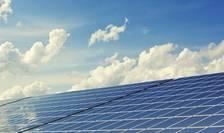 Programul Casa Verde Fotovoltaice, blocat din 2019, potrivit Greenpeace (Sursa foto: pixabay)