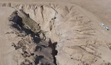 """Pràpastia al-Hota se aflà la 85 km de Raqqa, fosta """"capitalà"""" a organizatiei teroriste Daech în Siria. HRW spune cà a descoperit aici o groapà comunà."""