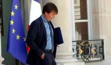 Nicolas Hulot, ministrul Tranzitiei ecologice si solidare, pe peronul palatului prezidential Elysée