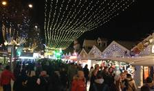Târgul de Cràciun de pe Avenue des Champs-Elysées