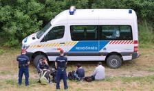 Amnesty International acuză Serbia şi Macedonia de rele tratamente aplicate imigranţilor ilegali