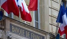 În Franța, populația a reușit să economisească, în timpul carantinei, 80 de miliarde de euro, potrivit Băncii Naționale iar până la finele anului suma ar urma să ajungă la 100 de miliarde euro - echivalentul planului de relansare economică.