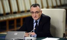 Premierul interimar, Sorin Cîmpeanu (Foto: www.gov.ro)