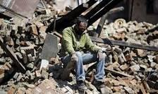 Un locuitor sinistrat de la Katmandu