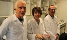 De la stânga la dreapta: Philippe Durand, co-fondator Kallistem, Marie-Hélène Perrard, co-fondatoare Kallistem, si Laurent David, cercetàtor la Universitatea Lyon 1