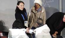 Kim Yo Jong, sora mai micà a dictatorului nord-coreean Kim Jong Un, dând mâna cu presedintele sud-coreean Moon Jae-in în deschiderea JO 2018 de la Pyeongchang