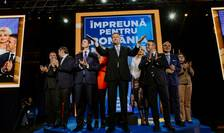 Klaus Iohannis le atrage atenția liberalilor: PSD nu a fost înlăturat de la putere decât parțial (Sursa foto: Facebook/PNL)