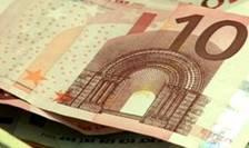 La 1 ianuarie 1999, euro a devenit moneda oficială a 11 state europene.