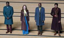 """Adama Diop, Isabelle Huppert, Alex Descas, Oceane Cairaty în spectacolul lui Tiago Rodrigues dupa """"Livada de vișini"""" de Cehov, Avignon (repetiţie pe 3 juillet 2021)"""