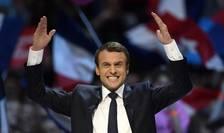 Franţa şi-a ales un nou preşedinte, pe tânărul centrist independent Emmanuel Macron