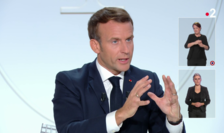 Presedintele Frantei, Emmanuel Macron, în cursul interviului acordat miercuri seara, 14 octombrie 2020, canalelor TF1 si France 2.