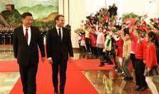 Emmanuel Macron si omologul sàu chinez Xi Jinping la Beijing, 9 ianuarie 2018