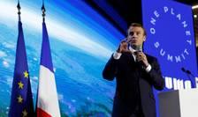 """Emmanuel Macron la un precedent """"One Planet Summit"""""""