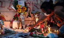 Un altar improvizat la marginea clubului lui Diego Maradona, Boca Juniors, pe 25 noiembrie 2020, ziua morții sale.