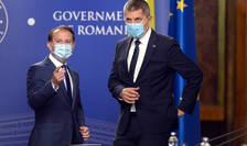 O nouă criză în Guvernul de coaliție. Aici, premierul Florin Cîțu și vicepremierul Dan Barna (Sursa: MEDIFAX FOTO/Eduard Vînătoru)