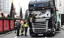 Camionul care a intrat în mulţime, la un târg de Crăciun din Berlin (Foto: AFP/Tobias Schwarz)