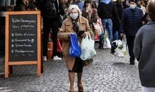 Ministrul francez al Sanatatii recomanda purtarea mastii chirurgicale în locul celei textile, fabricate acasa.