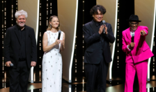 A 74-a editie a Festivalului de la Cannes s-a deschis marti 6 iulie în mai multe limbi cu Pedro Almodovar, Jodie Foster, Bong Joon Ho si Spike Lee.