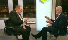 Jeremy Corbyn (dreapta) intervievat la BBC de Andrew Neil
