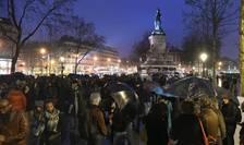 """Miscarea de protest """"Nuit debout"""" din Place de la République, 2 aprilie 2016"""