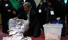 Numararea voturilor pentru alegerile legislative la Teheran, 22 februarie 2020.