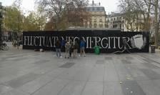 "Deviza Parisului, ""Fluctuat nec mergitur"", a devenit slogan antiterorist"