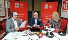 Sergiu COSTACHE, Ștefan PRIGOREANU şi Mihaela CÎRCU in studioul de emisie RFI Romania