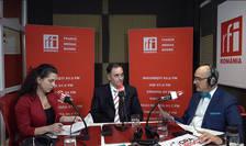 Andreea RADU, Călin RANGU și Sergiu COSTACHE in studioul de emisie RFI Romania