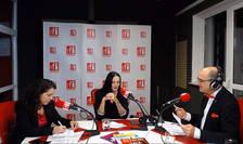 Andreea RADU,Alina PREDA şi Sergiu COSTACHE in studioul de emisie RFI Romania