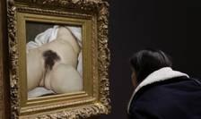 """Tabloul """"L'Origine du monde"""" al lui Gustave Courbet este la Musée d'Orsay din 1995"""