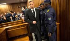 Oscar Pistorius, în instanţă (Foto: Reuters/Marco Longari)