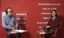 Ovidiu Nahoi și Oana Popescu Zamfir in studioul de inregistrari RFI Romania