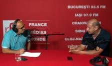 Ovidiu Nahoi și Dobre Adrian Marius in studioul de inregistrari RFI Romania