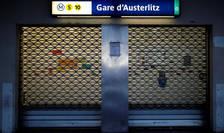 Paris, Gare d'Austerlitz - statia de metrou este închisa, în a 25-a zi de greva consecutiva declansata împotriva reformei pensiilor, 29 decembrie 2019.