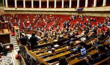 """In cadrul discutiilor din jurul proiectului de lege privind """"separatismele"""", deputatii francezi au adoptat articolul botezat """"Samuel Paty"""" dupà numele profesorului asasinat de un islamist cecen."""