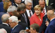 Cancelarul german, Angela Merkel, aici în Bundestag (Foto: Reuters/Axel Schmidt)