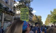 Manifestaţie ecologică la Paris, 8 septembrie 2018, unele slogane nu sunt lipsite de umor.