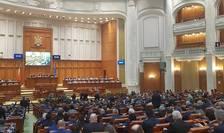 Parlamentul are pe masă mai multe proiecte privind pensiile speciale (Sursa foto: Facebook/Camera Deputaților)