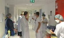 Personalul medical din spitale și cel de prim ajutor din serviciile de urgenta mai poate lucra din 15 septembrie doar dacă este vaccinat cu cel putin prima doza anti-Covid.