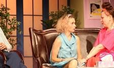 Actrițele Andreea Măcelaru Șofron, Victoria Cociaș, Cristina Stoica Ivanciuc în piesa Thailanda, Teatrul Nottara 2018