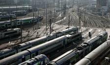 Politistii francezi vor putea circula gratis cu trenul începând de anul viitor.