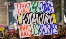 Marţi 19 februarie 20 000 de francezi, la Paris precum şi în alte 60 de oraşe franceze, au manifestat împotriva antisemitismului.