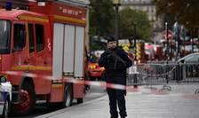 Stare de alerta la Paris dupa ce un angajat al institutiei prefecturii si-a ucis o colega si 3 politisti.