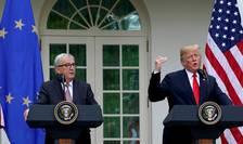 Presedintele american Donald Trump si seful Comisiei Europene, Jean-Claude Juncker în timpul unei conferinte de presa dupa o discutie de doua ore la Casa Alba, Washington, 25 iulie 2018